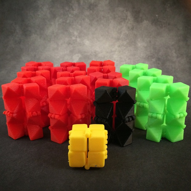 Laura Taalman: @mathgrrl Mathematician & 3D Designer Print-In-Place Fidget Cube http://www.thingiverse.com/thing:230139 Clever design allows for moving hinges in a model that prints in one piece. http://mathgrrl.com/hacktastic/